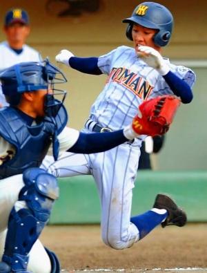 九州高校野球:劇勝演出 光る巧打と俊足