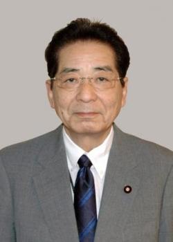 仙谷元官房長官が引退へ「世代交代を」