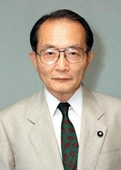 元参院議員、国弘正雄氏が死去 同時通訳の第一人者