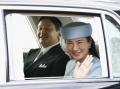 皇后さまの80歳祝う 皇族、首相らが宮殿へ