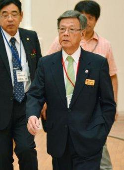 九州地方知事会議に出席した沖縄県の翁長雄志知事=27日、宮崎市