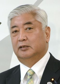 中谷元・防衛相