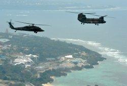 陸上自衛隊のヘリコプター=2011年撮影