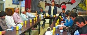 開南集落に隣接する自衛隊配備計画の反対を決めた3地区の公民館役員ら=石垣市、於茂登公民館
