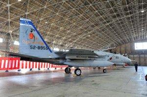 新たに編成された第9航空団のF15=31日、航空自衛隊那覇基地