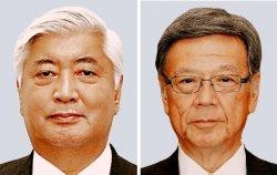 中谷防衛相(左)と翁長知事