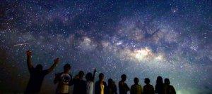 石垣島の夜空をいろどる満天の星空=2015年6月16日、石垣市宮良(星空ツーリズム提供)