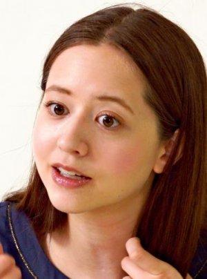 インタビューに答える春香クリスティーンさん
