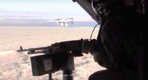 カリフォルニア州トゥエンティーナインパームス地対戦闘センターで5月10日に実施された米海兵隊オスプレイの射撃訓練(米海兵隊の公開映像より)