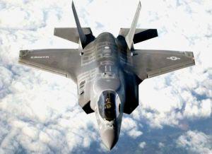 米海兵隊の主力戦闘機、最新鋭ステルス戦闘機F35B(米国防総省提供)