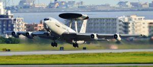 E3早期警戒管制機=6月4日、米空軍嘉手納基地