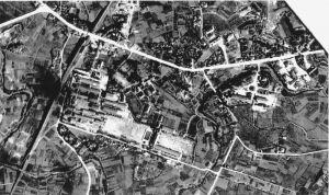 那覇市安里近辺=1945年2月28日(県公文書館提供)